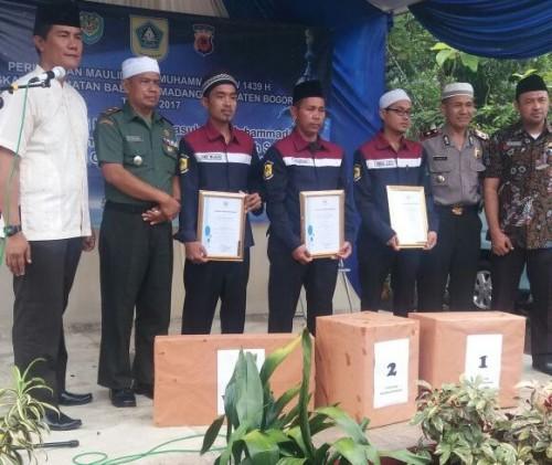 Pemberian Penghargaan Petugas Lapangan Desa